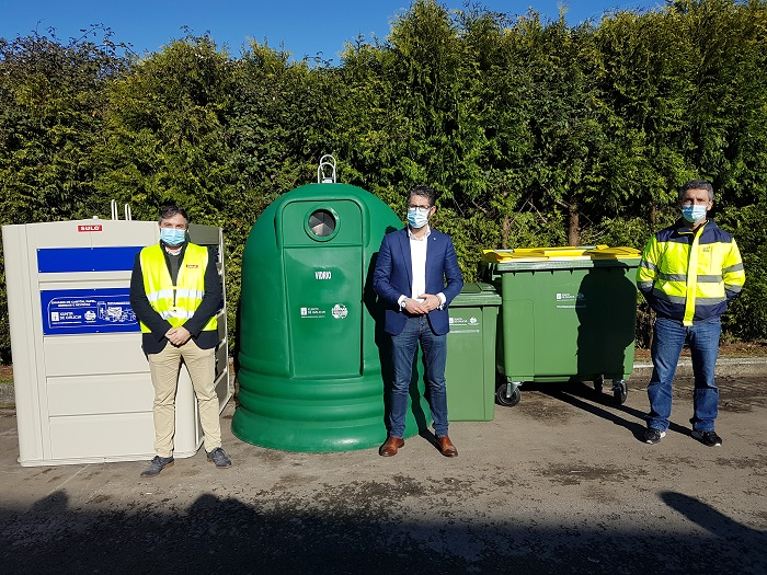 O Presidente da Mancomunidade entrega os contenedores adquiridos coa subvención do Fondo de Compensación Ambiental 2020